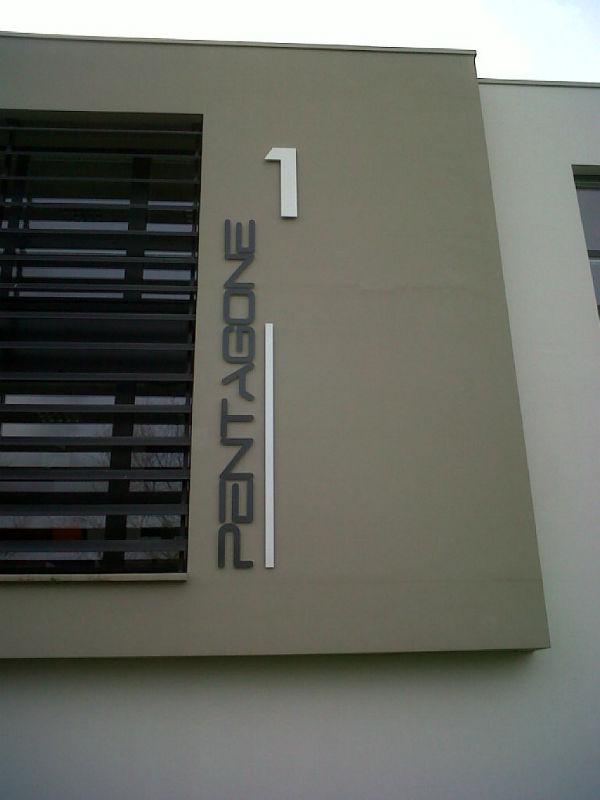 lettrage verticale